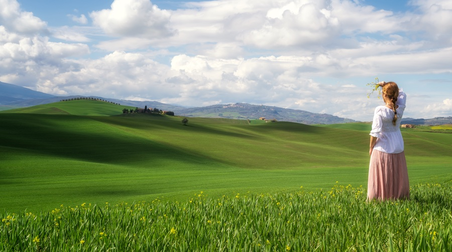 Organic Action Plan organic cities network europe woman viewing distance Toscana